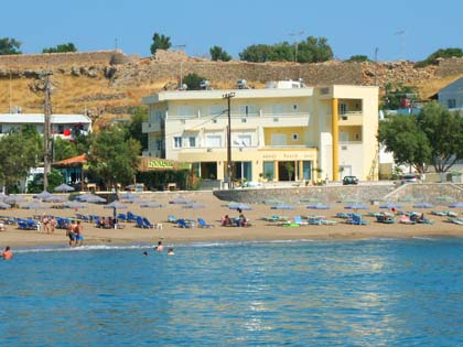Adjacent To The Sandy Beach Just Other Side Of Little Road Port Lies This Attractive Hotel In Front It There Is Terrace With